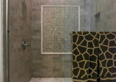 PalmettoTile_LongmarshRd_Bathroom_Spr15-16